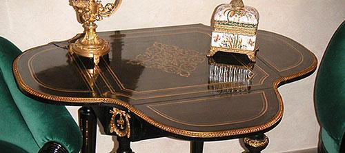 Abstelltischchen - alte Möbel - Antiquitäten und Möbelbau